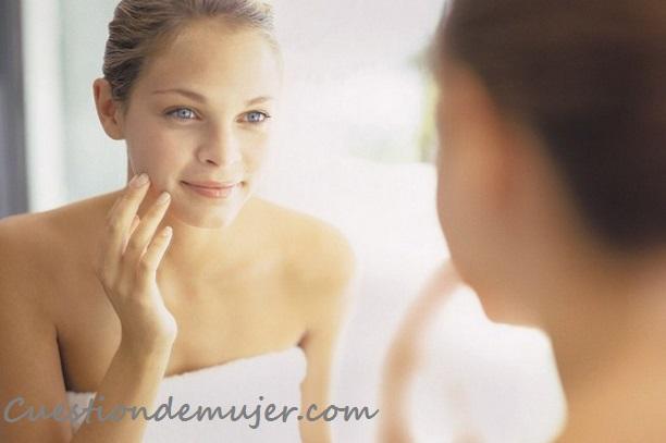 Exfoliante-facial-casero-y-natural-para-una-piel-perfecta-limpieza-cuidados-piel-cutis-rostro-azucar-leche-1