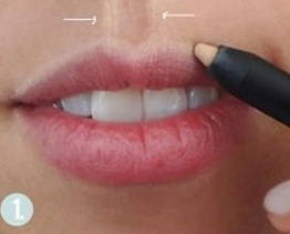 Aumentar-el-volumen-de-los-labios-con-maquillaje-perfilar-iluminador-volumen-1