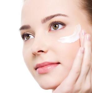 Maquillaje-natural-y-perfecto-Paso-a-paso-piel-natural-estilo-piel-ojos-3