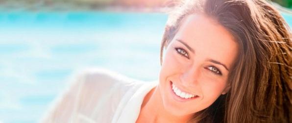Tips-de-belleza-para-conseguir-una-piel-radiante-y-saludable-cuidado-piel-sana-vitamina-tomate-girasol-lino-semillas-nutrientes-1