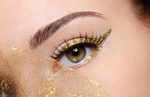 Tendencias-de-moda-Primavera-verano-2015-Ojos-labios-uñas-delineado-color-4