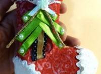 Arreglos-navideños-Cómo-hacer-una-media-de-navidad-navidad-fiestas-goma-eva-regalos-medias-navideñas-1