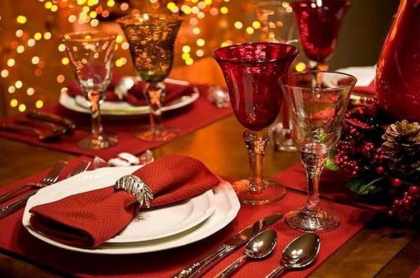 Decoraciones-navideñas-para-la-mesa-familiar-navidad-decoracion-mesa-noche-buena-fiestas-de-fin-de-año-1
