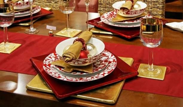 Decoraciones-navideñas-para-la-mesa-familiar-navidad-decoracion-mesa-noche-buena-fiestas-de-fin-de-año-3