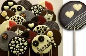 Piruletas-de-chocolate-Bocaditos-para-los-mas-chicos-postre-chocolate-piruleta-fiestas-cumpleaños-8
