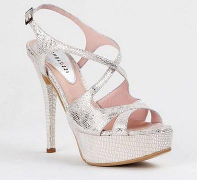 Zapatos-verano-2015-Descubre-toda-la-tendencia-tendencia-verano-estilo-sandalias-zapatos-stilettos-colores-de-verano-7
