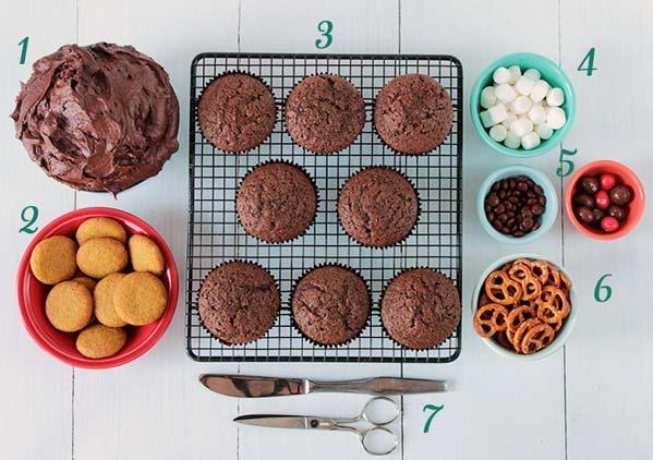 Cupcakes-de-chocolate-para-la-mesa-dulce-de-navidad-Recetas-navideñas-Reto-recetas-navideñas-mesa-navideña-mesa-dulce-2