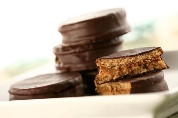 Receta-de-alfajores-de-la-costa-Argentina-dulces-reposteria-chocolate-postres-1