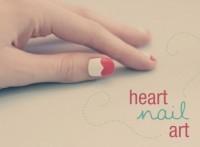 Como-pintar-las-uñas-en-forma-de-corazón-para-San-Valentin-uñas-esmalte-pintura-san-valentin-dia-de-los-enamorados-1